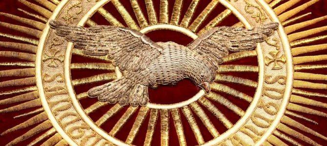 PENTECOSTES, A FESTA DO DIVINO E A PAZ DAS NAÇÕES